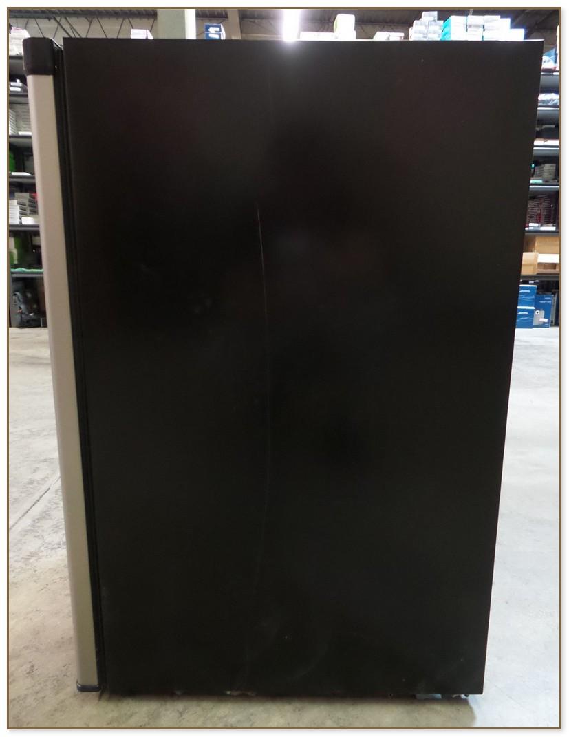 Frigidaire 3 3 Cu Ft Compact Refrigerator