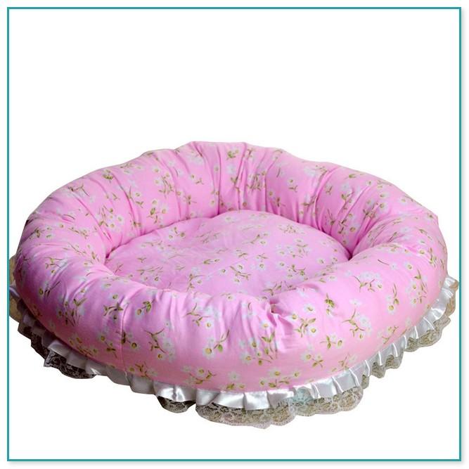 Cozy Pink Medium Size Dog Bed